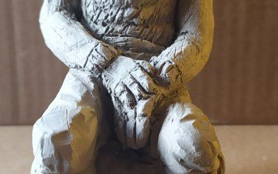 Slika 24 Realistična figura, Urban Vicman, glina,Kiparstvo I, prof. Darko Golija
